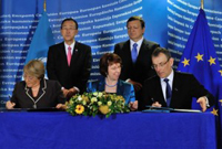 Nova aliança entre la UE i ONU Dones per treballar en la igualtat de gènere