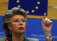 Només una de cada set membres del consell d'administració de les empreses europees són dones