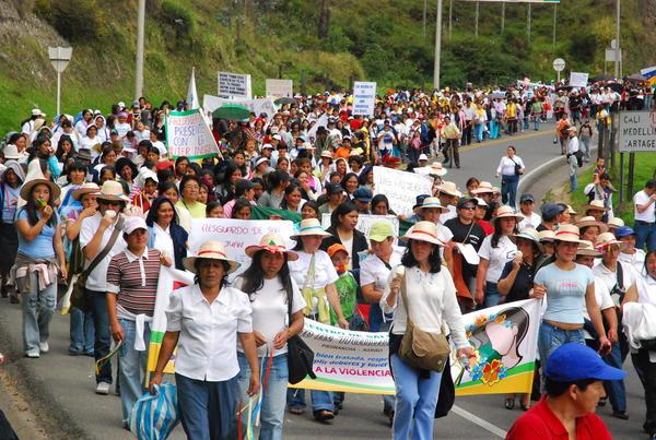 Amenazas de muerte contra 90 defensoras y defensores de Derechos Humanos en Colombia