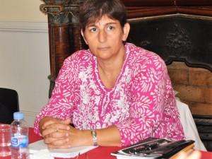 L'activista i advocada palestina Sahar Francis visita  el Col·legi de Periodistes
